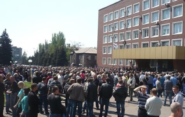 Метинвест опровергает информацию о захвате завода в Енакиево