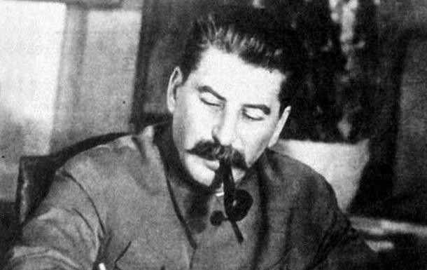 Украинцы относятся к Сталину лучше, чем к Путину - опрос