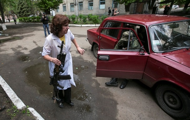 В Славянске пытаются спровоцировать жертвы среди мирного населения - Полторак