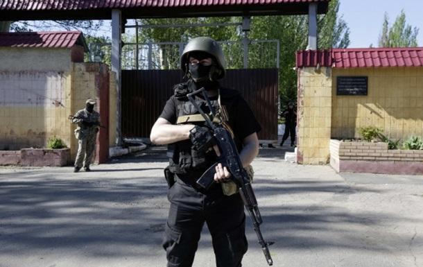 В Донецке неизвестные напали на исправительную колонию и завладели оружием