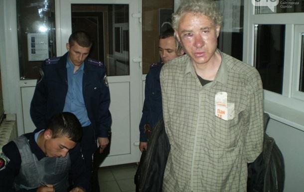 В Одесской области неизвестные ворвались к журналисту и подожгли квартиру