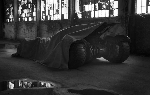 Еволюція Бетмобіля. У мережі з явилися зображення нового суперавтомобіля Бетмена