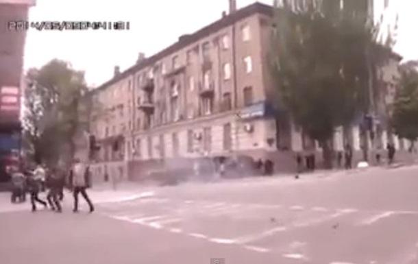 Неизвестные стреляют в городе из пушки БМД