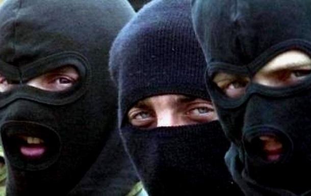 Вооруженные люди покинули административное здание Донбасстрансгаза