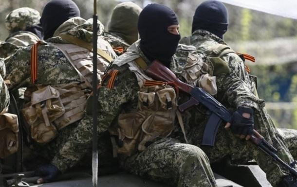 Аваков: Убит один из нападавших на лагерь Нацгвардии под Славянском