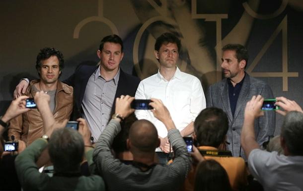В Каннах показали фильм о параноидальном миллионере и чемпионах по борьбе