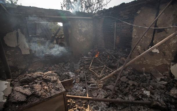 Возле Славянска военные превратили в пепелище жилой дом