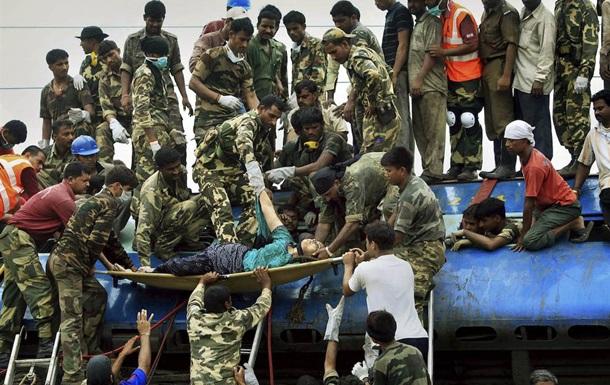 В Индии столкнулись два поезда: 20 погибших, еще 50 раненых