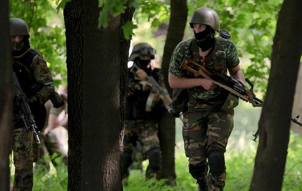 Правый сектор требует закрыть российские банки в Донецке