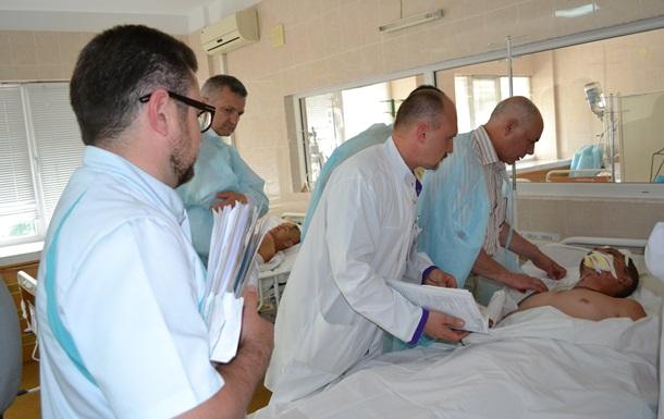 В Днепропетровск доставили двух тяжелораненных из Донецка