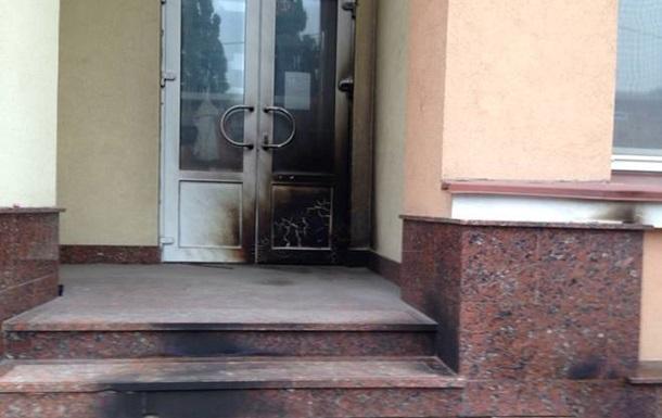 В Киеве неизвестные подожгли офис Русского радио