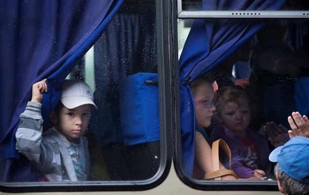 Пограничники не пустили в Россию автобус с беженцами из Славянска - омбудсмен Астахов