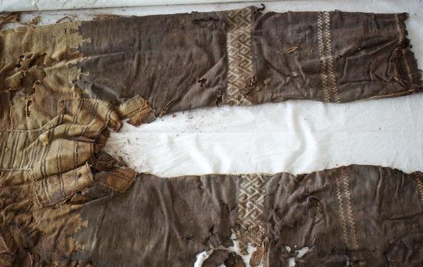 Первые в истории брюки напоминали современные хипстерские штаны – ученые