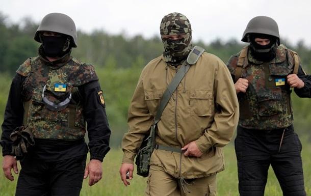 В боях за Славянск погибли два силовика, 42 ранены – Селезнев