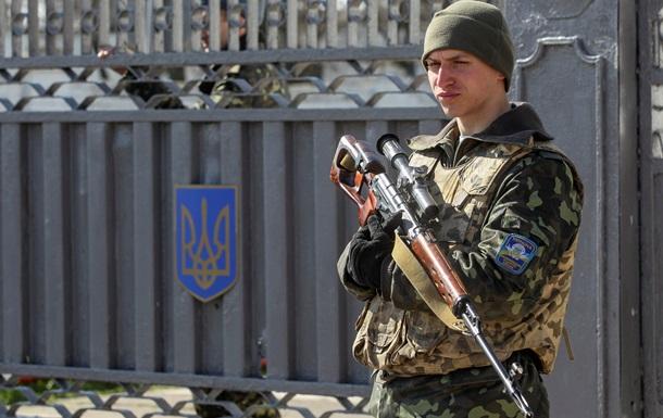 Яценюк рассказал, сколько Украина потратила на армию за последние три месяца