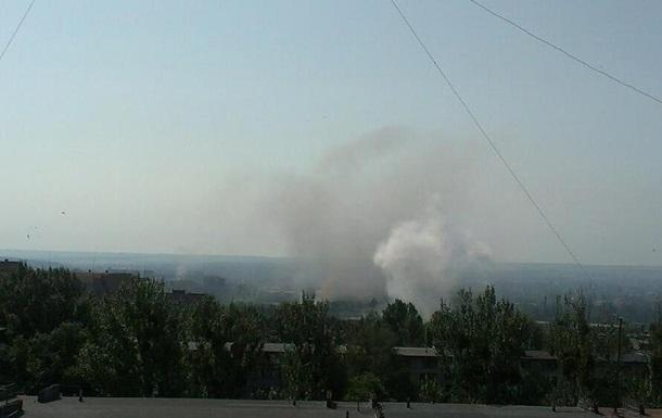 В центре Славянска снова слышны мощные взрывы - соцсети