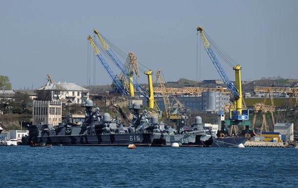 Россия передала Украине 44 корабля и почти все самолеты из Крыма