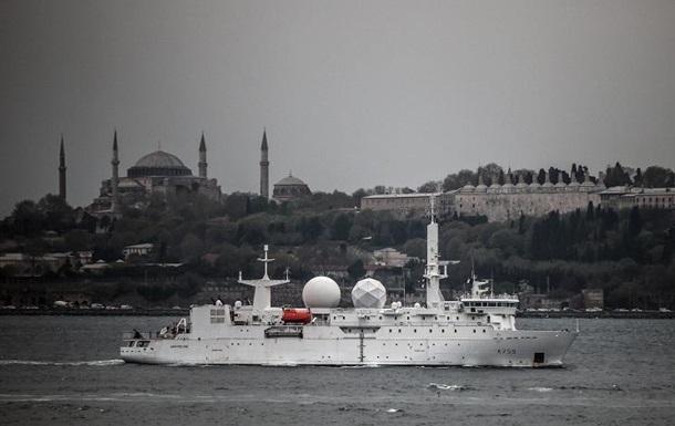 В Черное море направляются два разведывательных корабля НАТО - ВМФ РФ