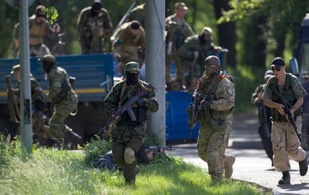 В Лисичанск прибыли две сотни вооруженных людей – милиция