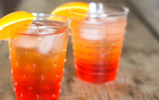 Aperol Spritz, сангрия и пунш. Рецепты популярных сезонных коктейлей