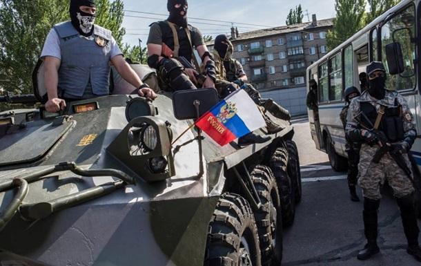 В батальоне Азов заявляют о большом количестве военной техники, прибывшей из РФ
