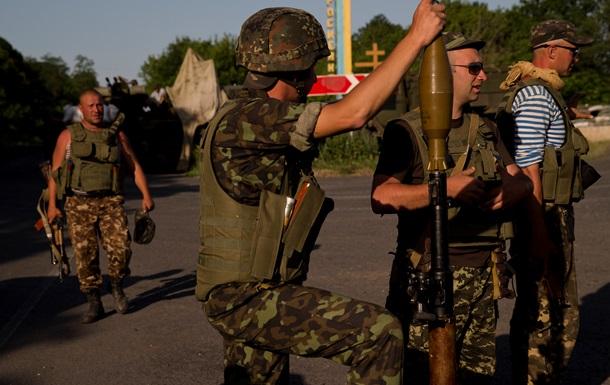 Пограничники ведут бой с сепаратистами в Луганской области