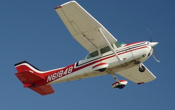 Добровольцы на частных самолетах помогают Госпогранслужбе