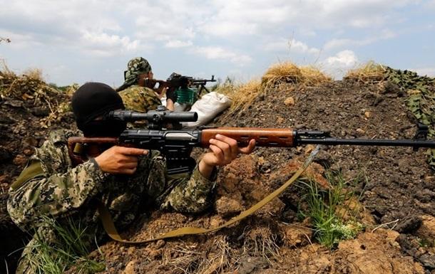Возле Красного Лимана весь день обстреливают блокпост – Селезнев