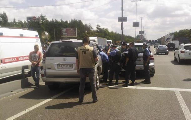 В Киеве водители устроили драку со стрельбой