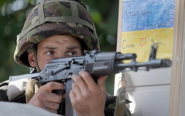 В ходе штурма части в Донецке ранены пять нападавших - Нацгвардия