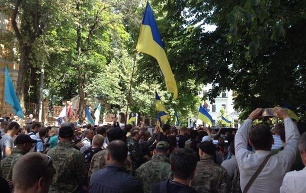Бойцы батальонов Донбасс, Днепр и Айдар требуют ввести военное положение