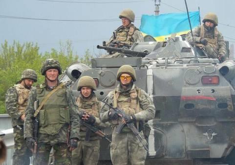 Почему Порошенко не вводит военное положение