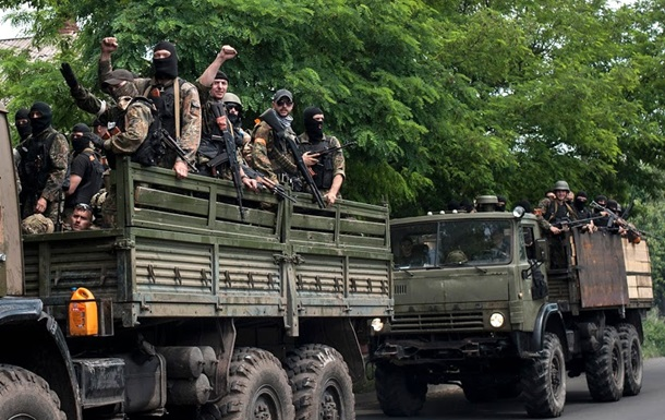 Силовики АТО вошли в Луганск, в городе включили сирену - СМИ