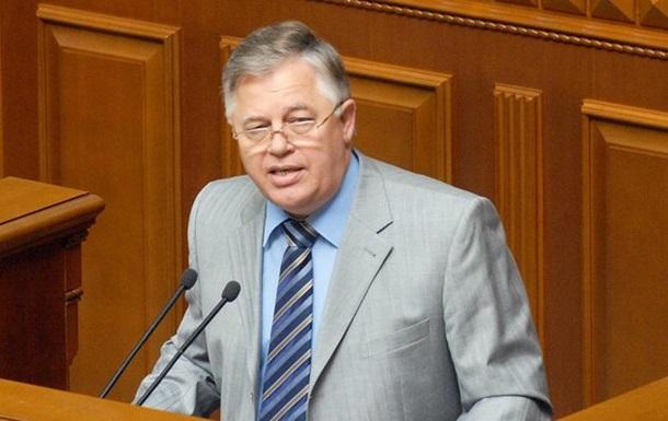 Изменения в Конституцию значительно расширят полномочия главы государства - Симоненко