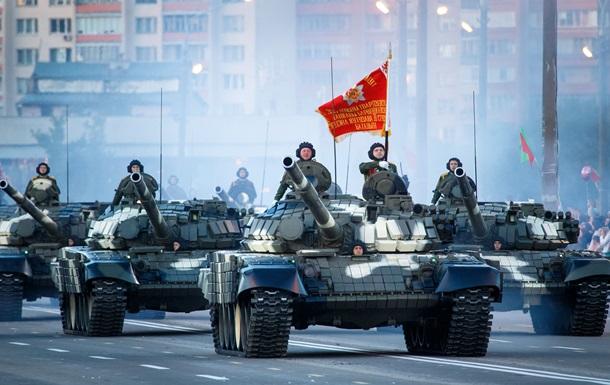 Беларусь отметила День независимости  военным парадом и салютом