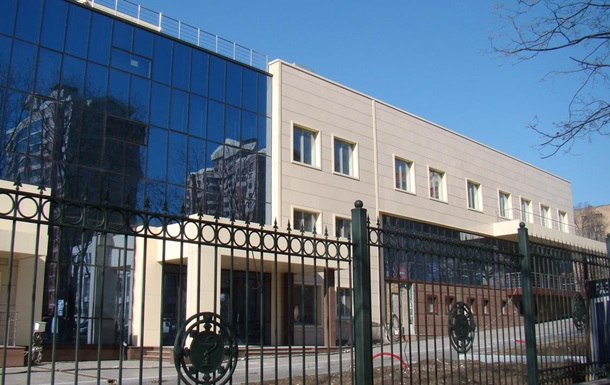 В Донецке вооруженные люди захватили часть больницы