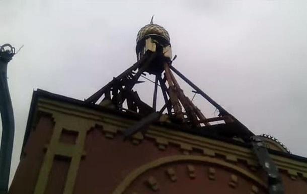 В Краснодоне под обстрел попала часовня и жилые дома