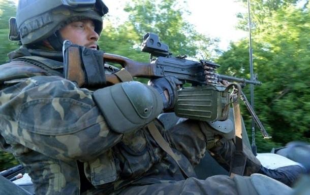 Силы АТО начали наступление на Карловку - комбат Донбасса