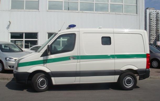 В Донецкой области угнали инкассаторский автомобиль с тремя миллионами гривен – СМИ