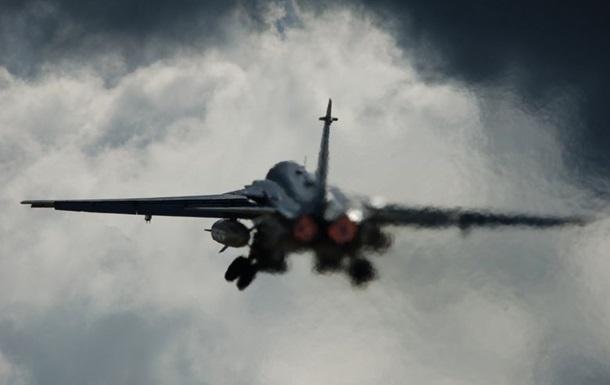 Российские бомбардировщики провели учения в Черном море