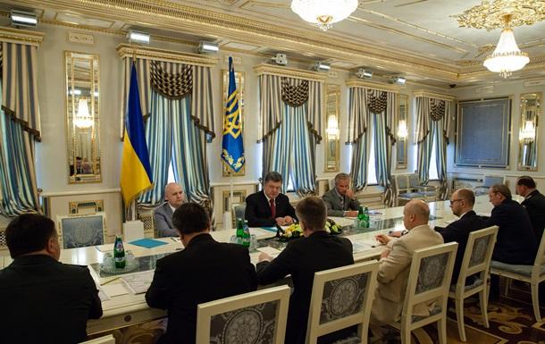 Порошенко: Против Украины применили новую российскую систему залпового огня