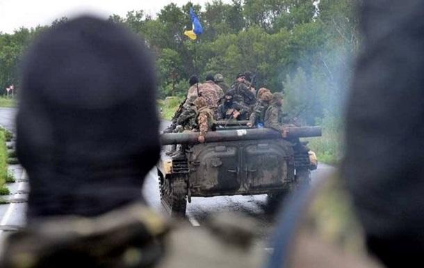 В Амвросиевке, Мариновке и Изварино идут тяжелые бои – СНБО