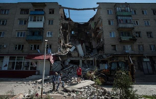 В Луганске под обстрел попали 22 дома - горсовет