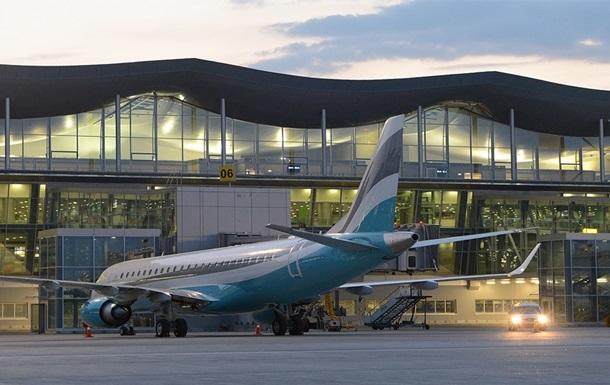 Авиакомпании отменяют рейсы из Киева
