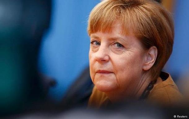 Меркель о катастрофе: Альтернатив разговору с Путиным нет
