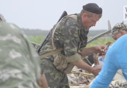 «Сепаратист крадет кольцо жертвы авиакатастрофы». Как было на самом деле?
