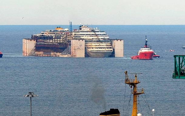 Лайнер Costa Concordia доставили к порт Генуи