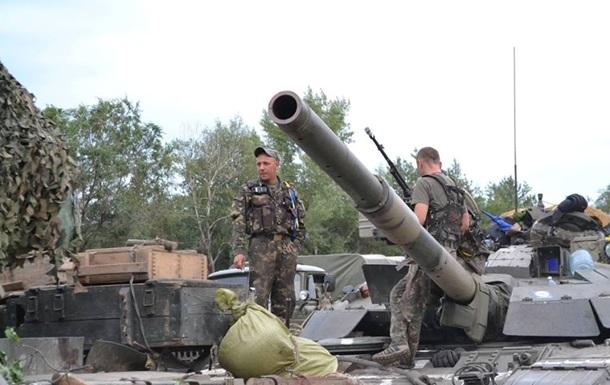 Ночью военные были атакованы танками – пресс-центр АТО