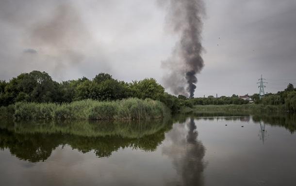 В Донецке на территории шахты в поселке Октябрьский идут бои
