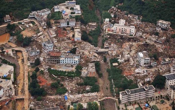 Число жертв землетрясения в Китае приблизилось к 600